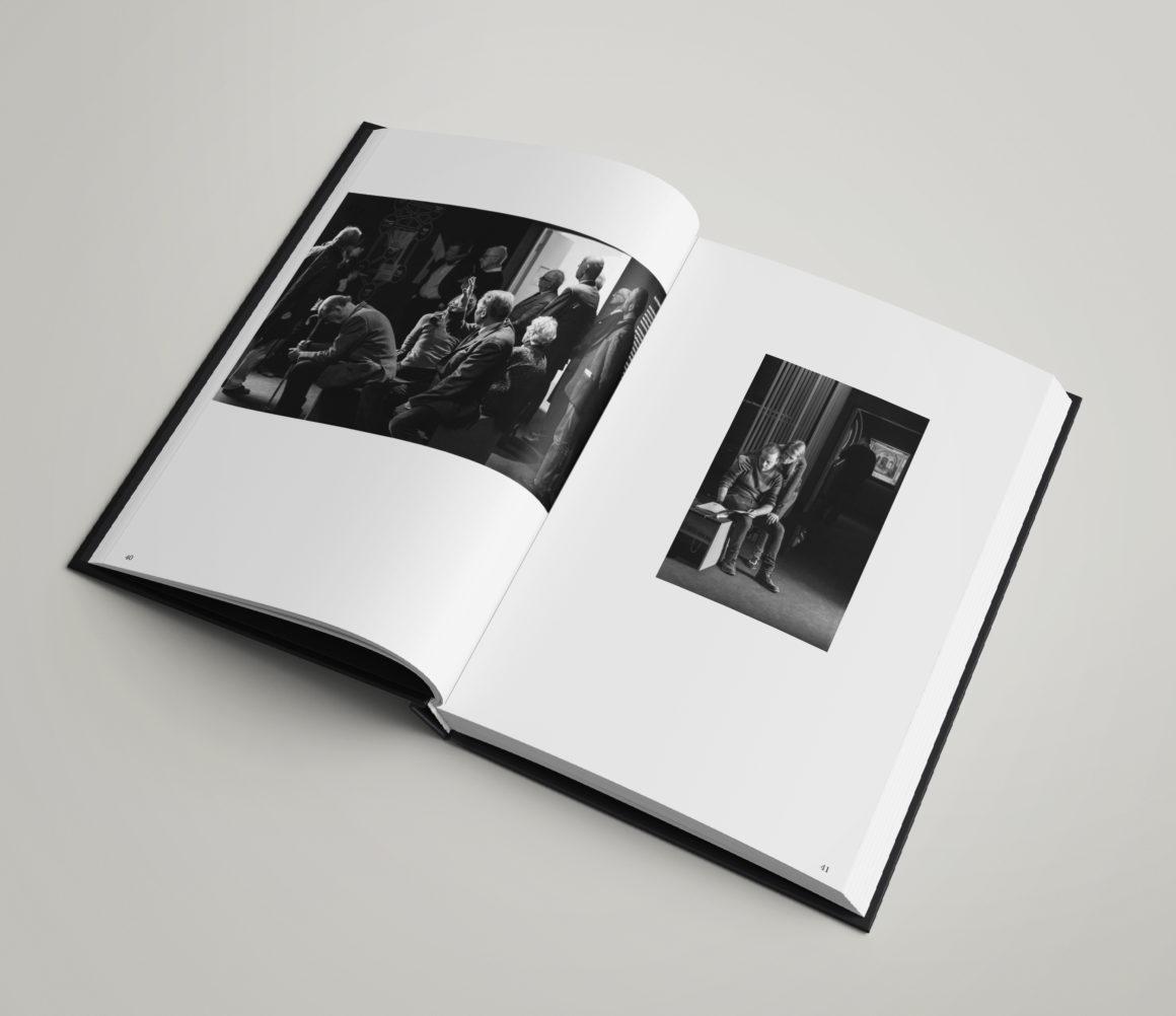 """Mockups Designbook JEWISH VIENNA """"Kol Nidre"""" in Auschwitz"""